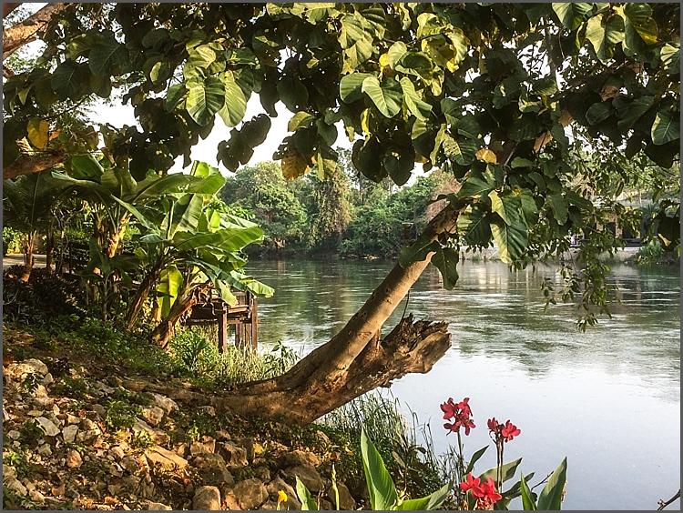Oriental Kwai Resort by the RiverKwai.
